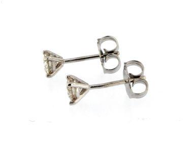 0.59 ctw Diamond Stud Earrings