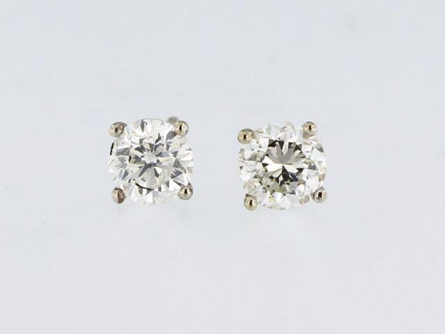 0.82 ctw Diamond Studs