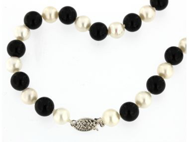 Onyx & Pearl Strand