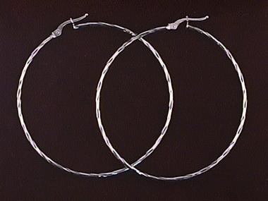 18kt Faceted Hoop Earrings