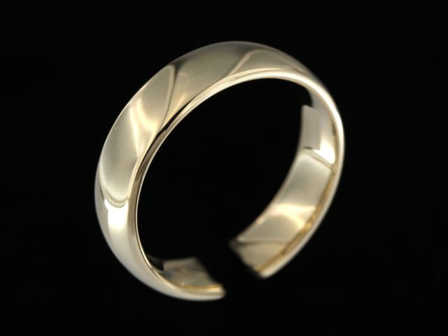 6.00 mm Yellow Gold Band