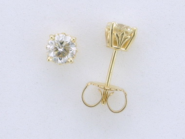 0.96 ctw Diamond Stud Earrings