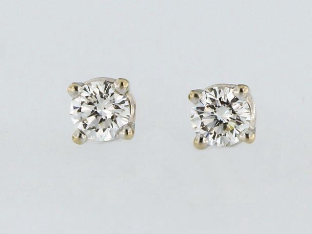 0.50 ctw Canadian Diamond Earrings