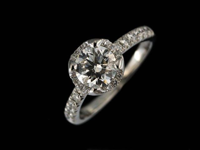 18KT Designer Diamond Ring