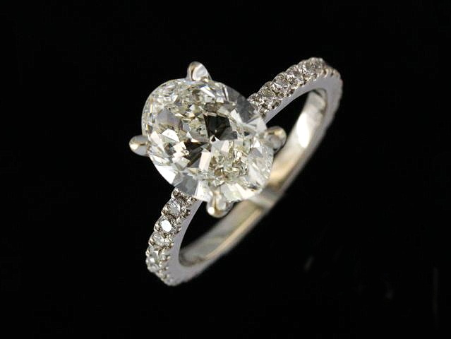 2.00 ct Oval Engagement Ring